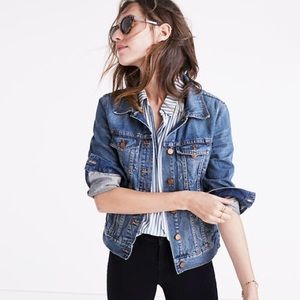 Madewell Jean Jacket in Pinter Wash - Small